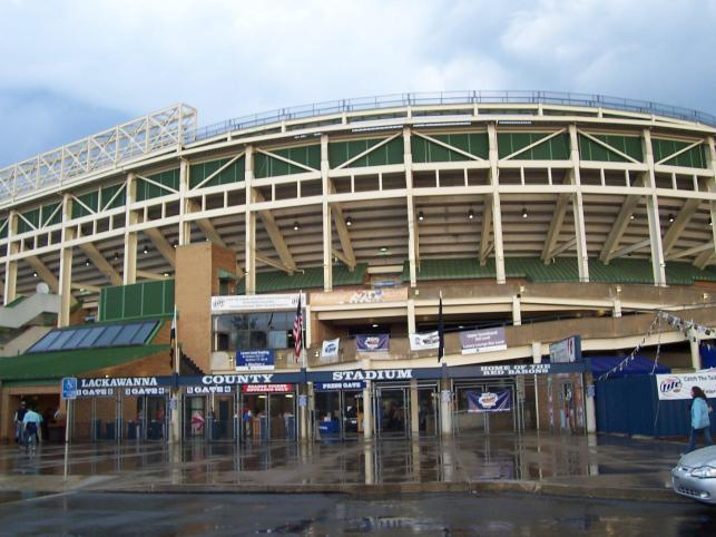 Good bye old Veterans Stadium look-a-like and hello PNC Field in Scranton
