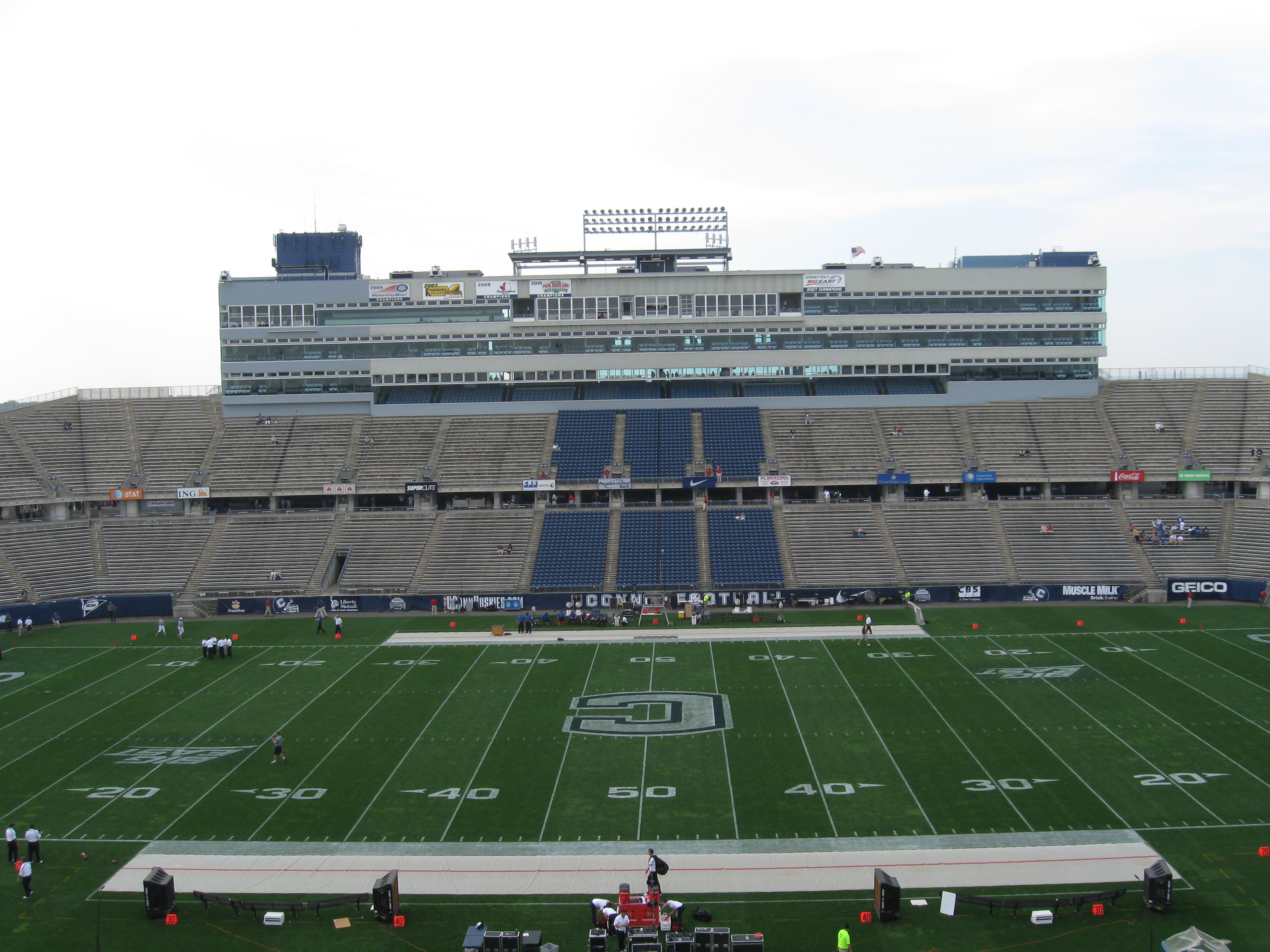Rentschler Field Address