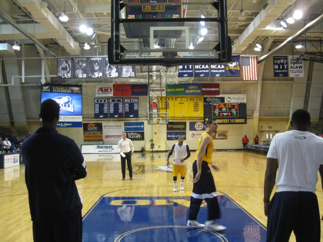 Tom Gola Arena Interior