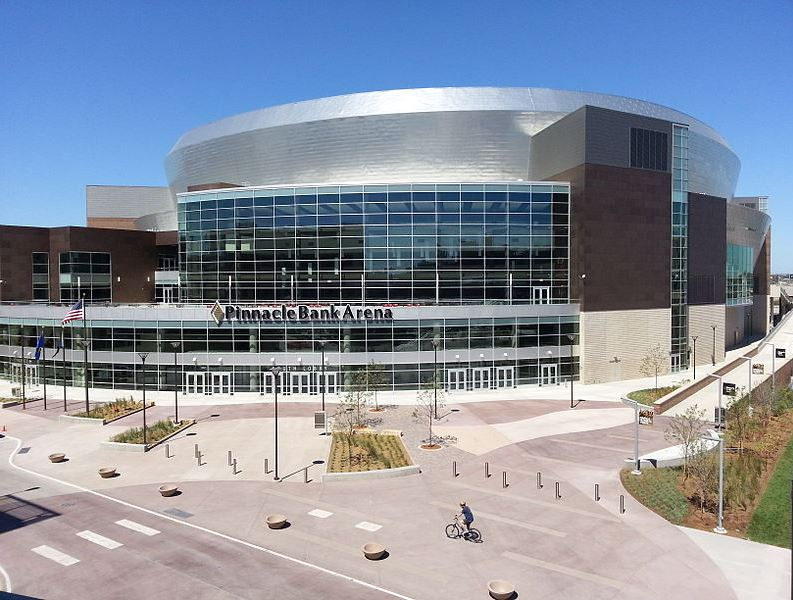 Pinnacle Bank Arena in downtown Lincoln, NE...the new home of Nebraska Cornhuskers basketball (image from Wikimedia Commons)