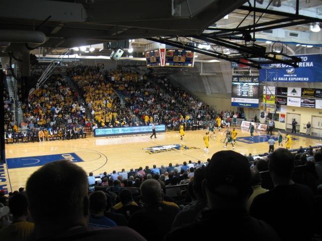Tom Gola Arena Interior